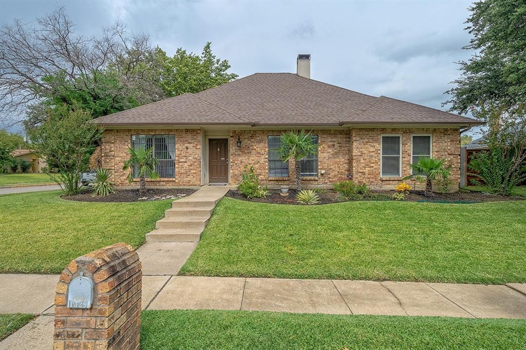 1329 Sylvan Creek  Bend, Lewisville, Texas 75067 - Acquisto Real Estate best frisco realtor Amy Gasperini 1031 exchange expert