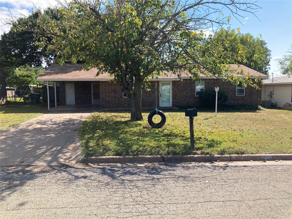 1406 Remington  Street, Graham, Texas 76450 - Acquisto Real Estate best frisco realtor Amy Gasperini 1031 exchange expert