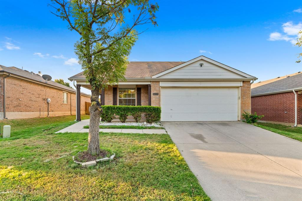 8824 Chisholm  Trail, Cross Roads, Texas 76227 - Acquisto Real Estate best frisco realtor Amy Gasperini 1031 exchange expert