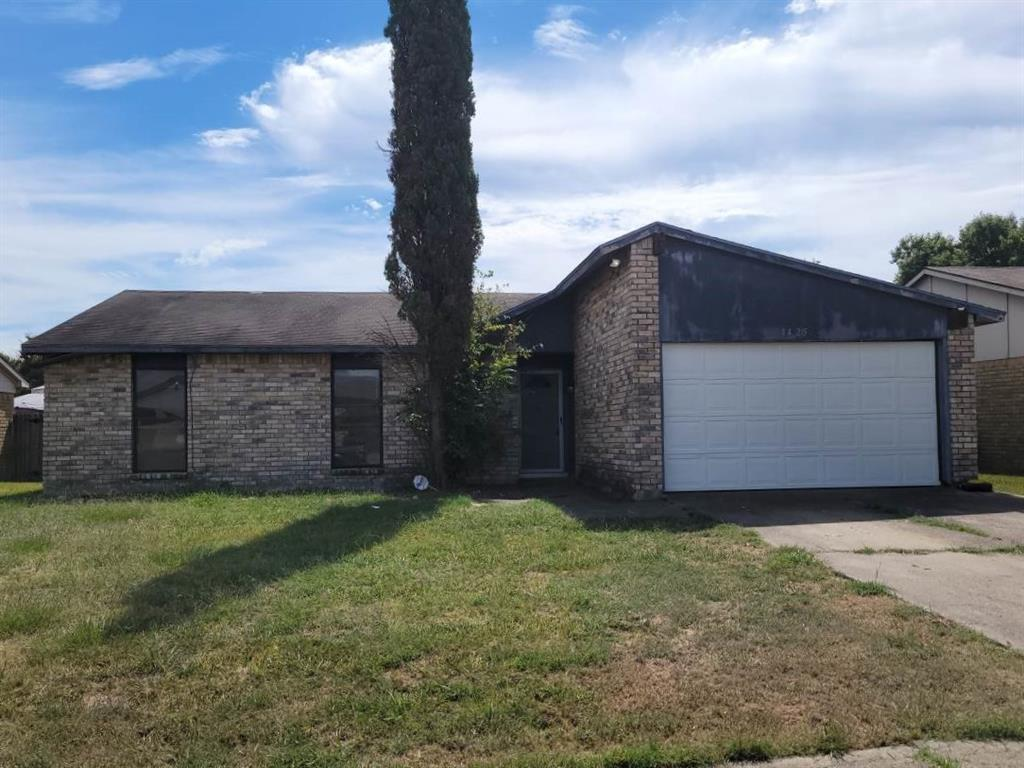1425 Independence  Trail, Grand Prairie, Texas 75052 - Acquisto Real Estate best frisco realtor Amy Gasperini 1031 exchange expert