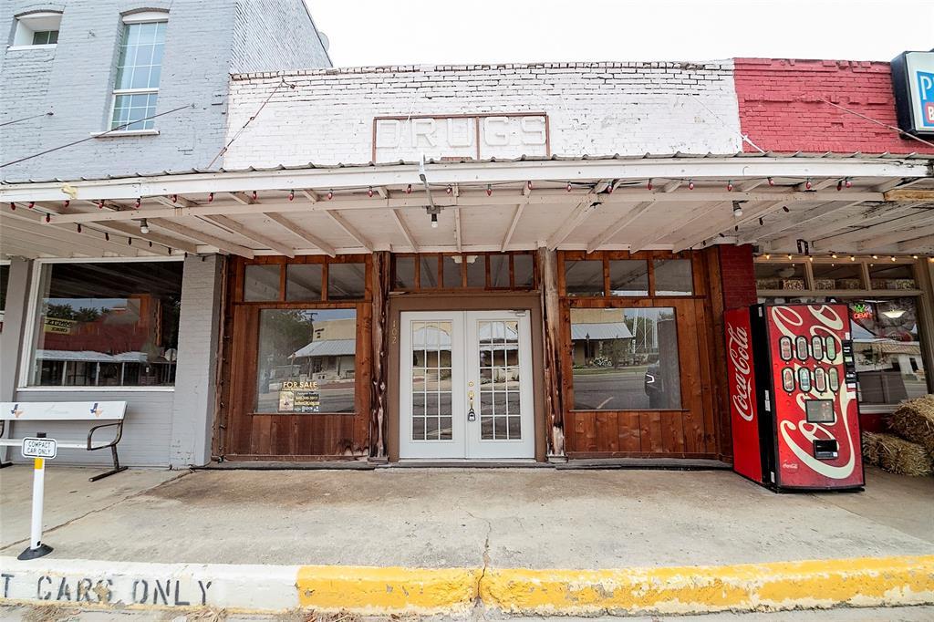 102 Main  Street, Collinsville, Texas 76233 - Acquisto Real Estate best frisco realtor Amy Gasperini 1031 exchange expert