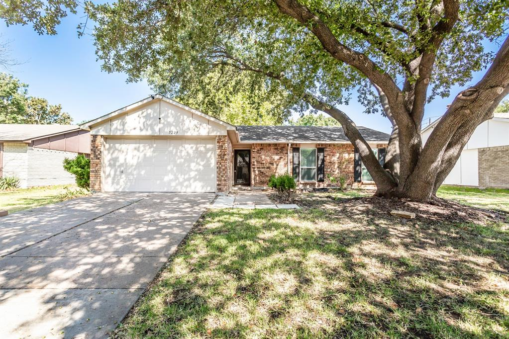 5229 Alpha  Drive, The Colony, Texas 75056 - Acquisto Real Estate best frisco realtor Amy Gasperini 1031 exchange expert