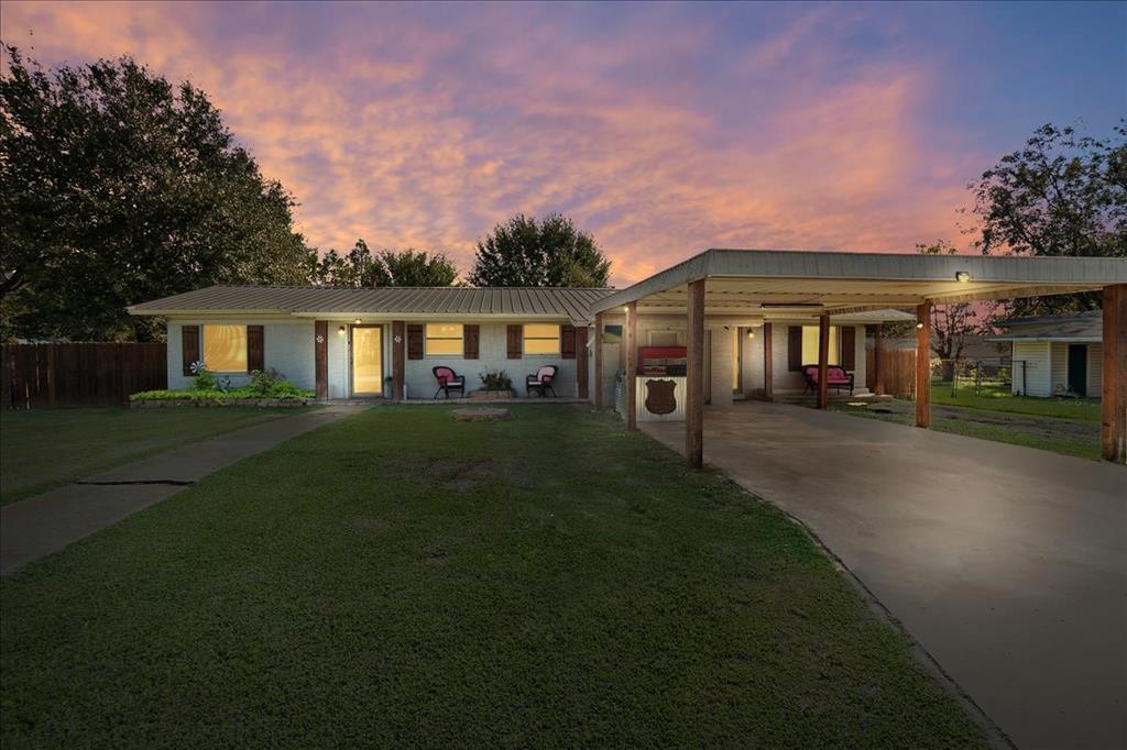 415 Webb Ave  Teague, Texas 75860 - Acquisto Real Estate best frisco realtor Amy Gasperini 1031 exchange expert