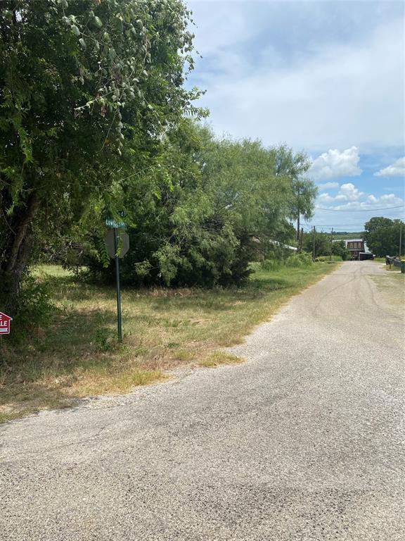3214 Lowland  Drive, Granbury, Texas 76048 - Acquisto Real Estate best frisco realtor Amy Gasperini 1031 exchange expert