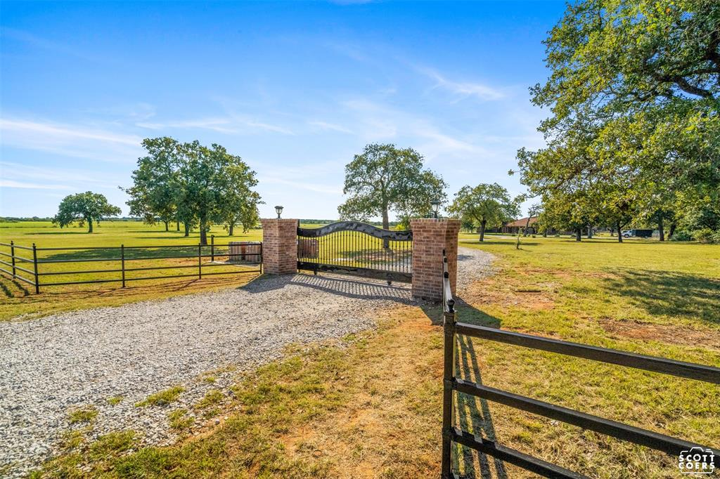 550 County Road 192  Carbon, Texas 76435 - Acquisto Real Estate best frisco realtor Amy Gasperini 1031 exchange expert