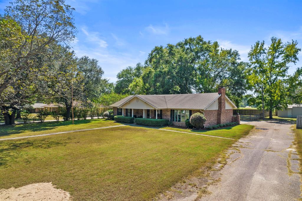 104 Princedale  Pittsburg, Texas 75486 - Acquisto Real Estate best frisco realtor Amy Gasperini 1031 exchange expert