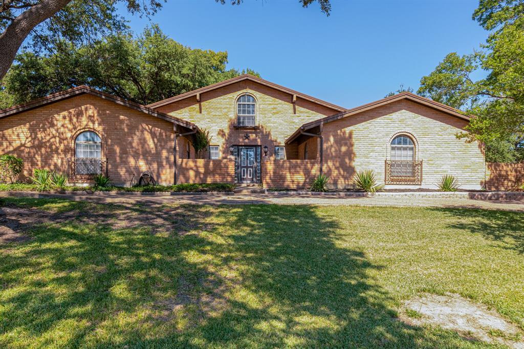 3700 Wren  Avenue, Fort Worth, Texas 76133 - Acquisto Real Estate best frisco realtor Amy Gasperini 1031 exchange expert