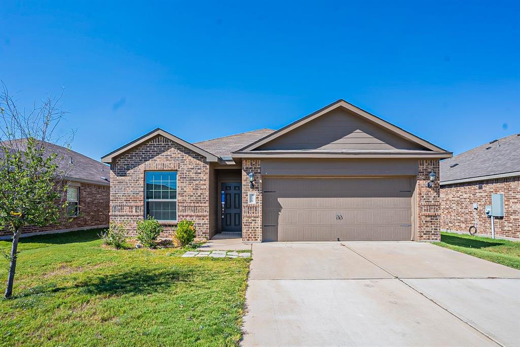 215 Kennedy  Drive, Venus, Texas 76084 - Acquisto Real Estate best frisco realtor Amy Gasperini 1031 exchange expert