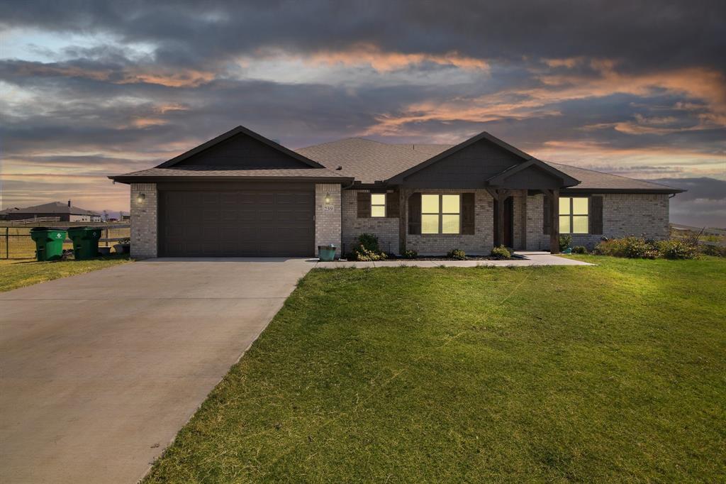 239 Crest  Lane, Decatur, Texas 76234 - Acquisto Real Estate best frisco realtor Amy Gasperini 1031 exchange expert