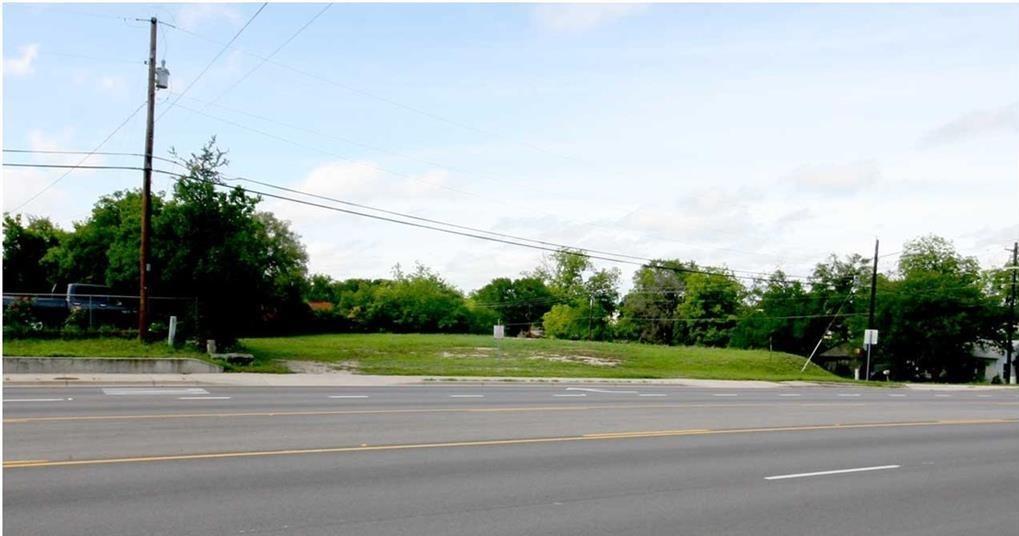 1407 Chestnut  Street, Lampasas, Texas 76550 - Acquisto Real Estate best frisco realtor Amy Gasperini 1031 exchange expert