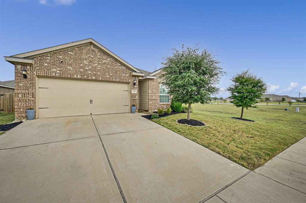 102 Rebel  Road, Venus, Texas 76084 - Acquisto Real Estate best frisco realtor Amy Gasperini 1031 exchange expert