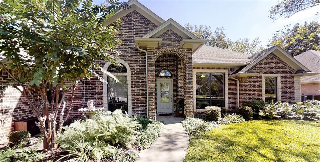 9005 Longwood  Drive, Granbury, Texas 76049 - Acquisto Real Estate best frisco realtor Amy Gasperini 1031 exchange expert