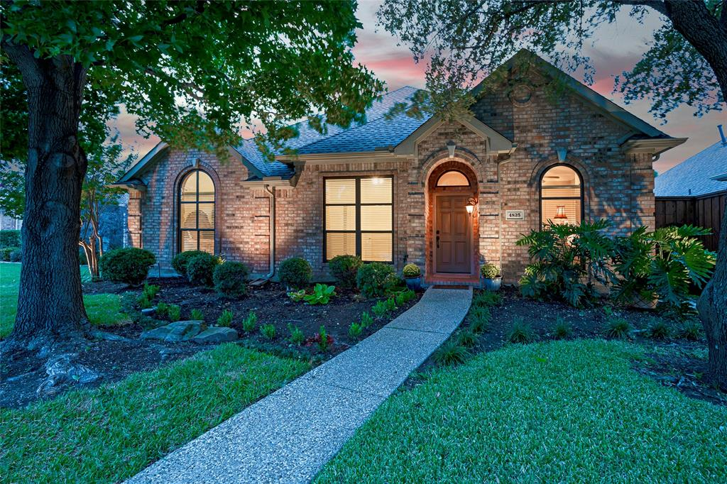 4825 Frost Hollow  Drive, Plano, Texas 75093 - Acquisto Real Estate best frisco realtor Amy Gasperini 1031 exchange expert