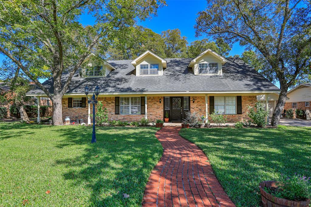 604 Aspen  Road, Gainesville, Texas 76240 - Acquisto Real Estate best frisco realtor Amy Gasperini 1031 exchange expert