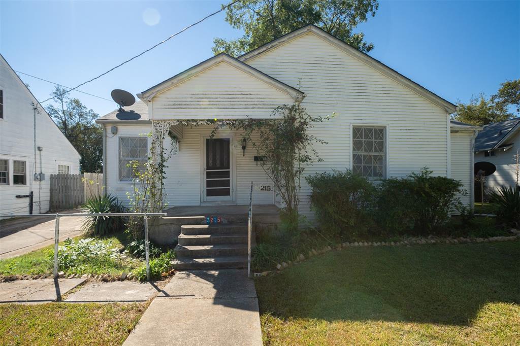 3215 Washington  Street, Greenville, Texas 75401 - Acquisto Real Estate best frisco realtor Amy Gasperini 1031 exchange expert