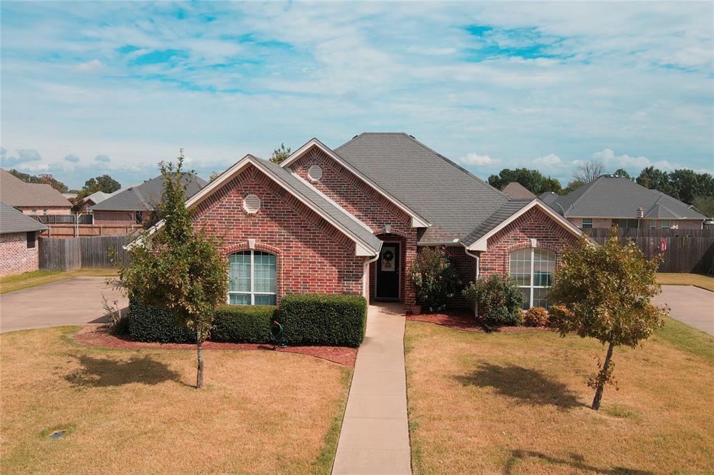 1740 Meadowview  Drive, Reno, Texas 75462 - Acquisto Real Estate best frisco realtor Amy Gasperini 1031 exchange expert