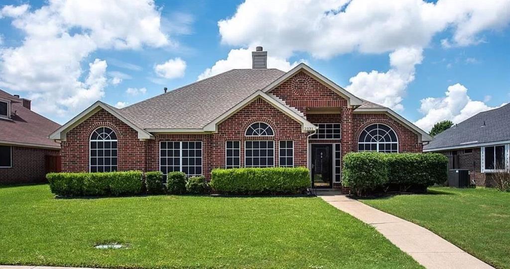 2331 Stillwater  Drive, Mesquite, Texas 75181 - Acquisto Real Estate best frisco realtor Amy Gasperini 1031 exchange expert
