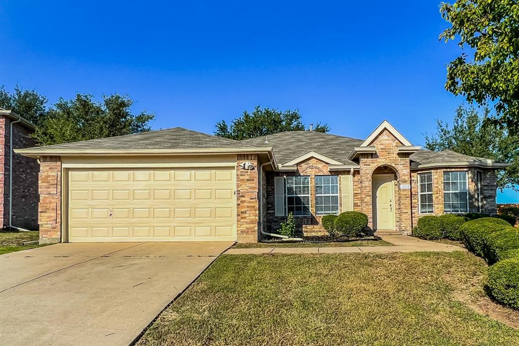 1000 Chatham  Lane, Forney, Texas 75126 - Acquisto Real Estate best frisco realtor Amy Gasperini 1031 exchange expert