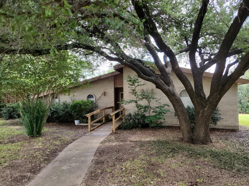 6764 Hillbriar  Drive, Dallas, Texas 75248 - Acquisto Real Estate best frisco realtor Amy Gasperini 1031 exchange expert