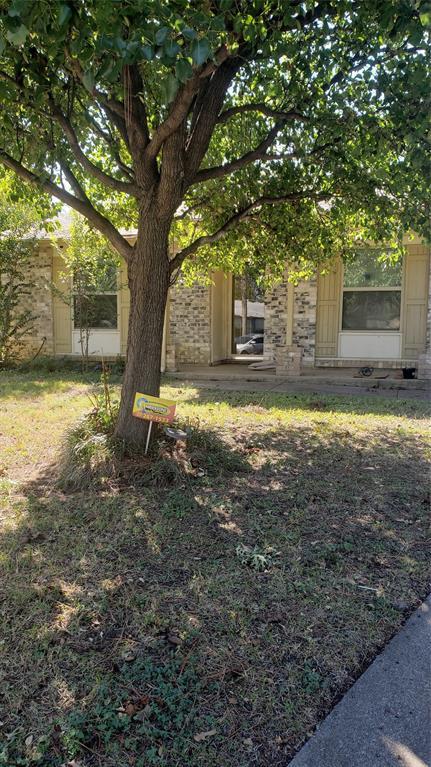 301 Asbury  Circle, Euless, Texas 76039 - Acquisto Real Estate best frisco realtor Amy Gasperini 1031 exchange expert