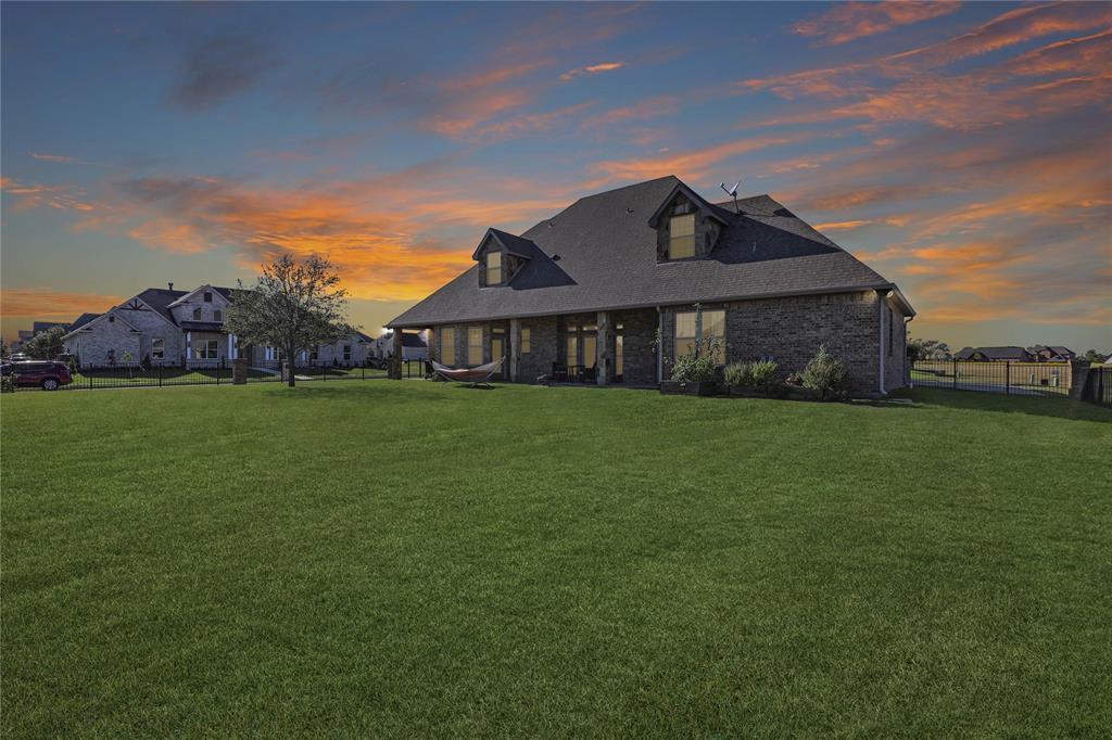 1216 Eagle Glen  Pass, Gunter, Texas 75058 - Acquisto Real Estate best frisco realtor Amy Gasperini 1031 exchange expert