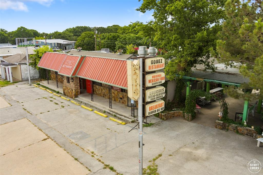 716 Commerce  Street, Brownwood, Texas 76801 - Acquisto Real Estate best frisco realtor Amy Gasperini 1031 exchange expert