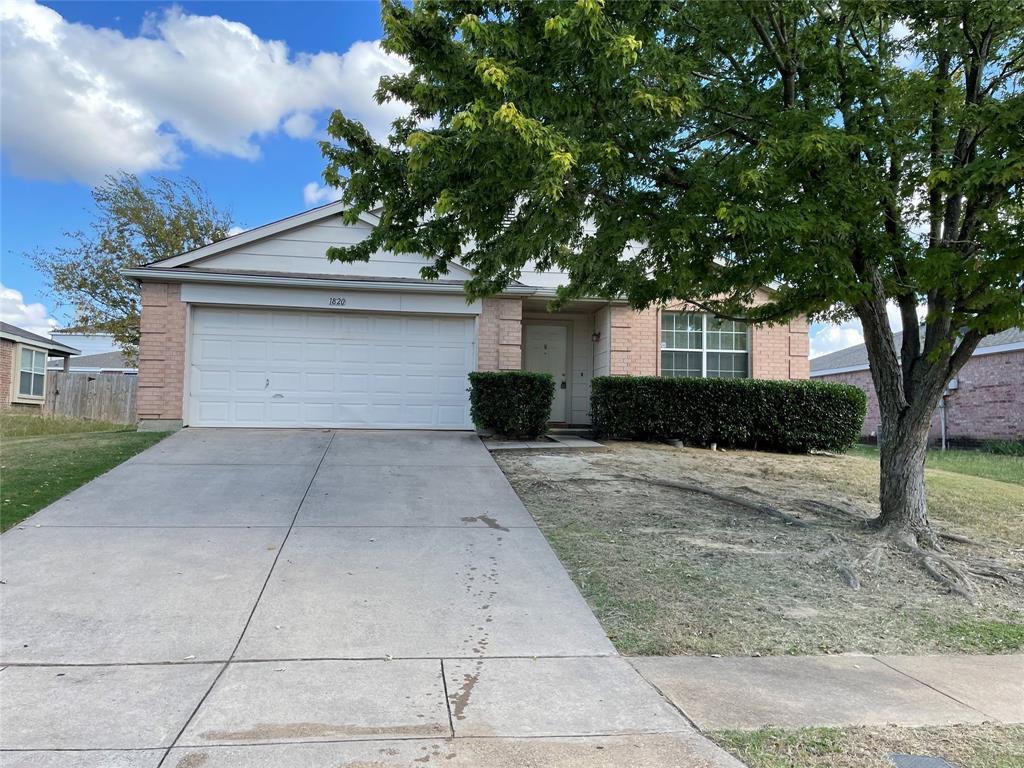 1820 Citadel  Drive, Glenn Heights, Texas 75154 - Acquisto Real Estate best frisco realtor Amy Gasperini 1031 exchange expert