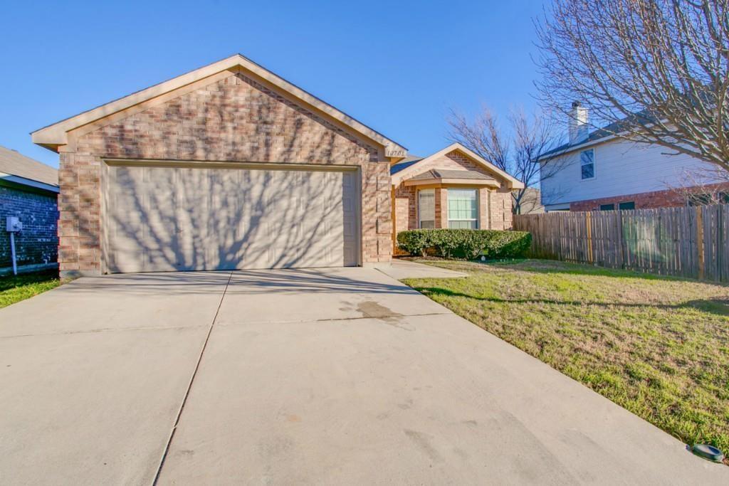 10708 Braemoor  Drive, Fort Worth, Texas 76052 - Acquisto Real Estate best frisco realtor Amy Gasperini 1031 exchange expert