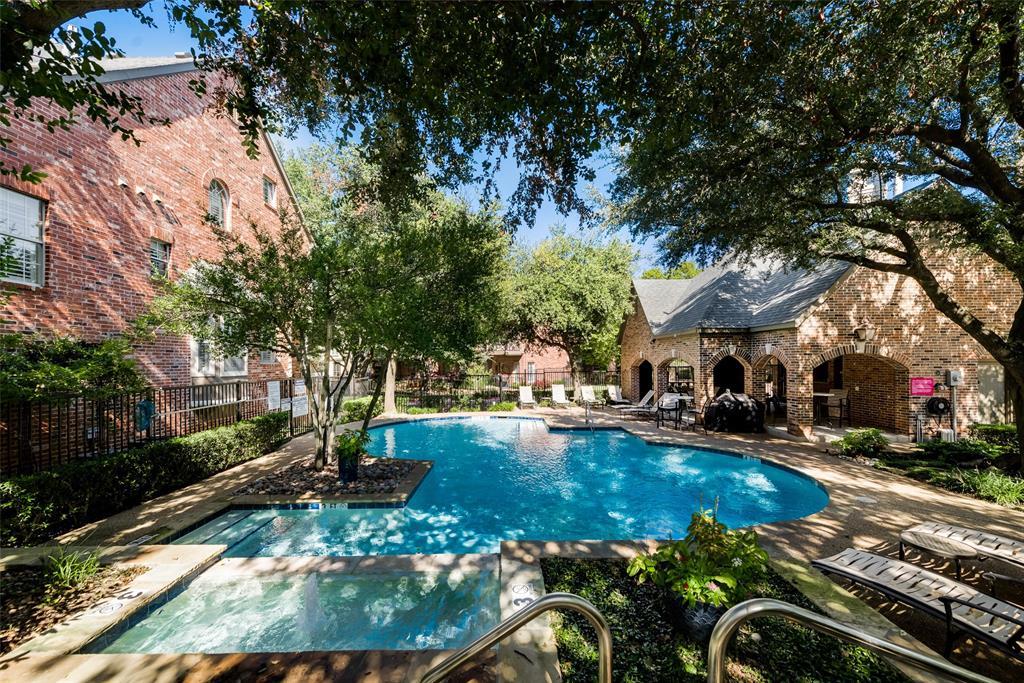 14871 Towne Lake  Circle, Addison, Texas 75001 - Acquisto Real Estate best frisco realtor Amy Gasperini 1031 exchange expert