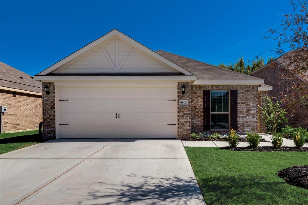 940 First  Street, Sanger, Texas 76266 - Acquisto Real Estate best frisco realtor Amy Gasperini 1031 exchange expert