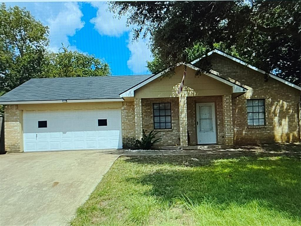 816 Pine Mountain  Drive, Burleson, Texas 76028 - Acquisto Real Estate best frisco realtor Amy Gasperini 1031 exchange expert