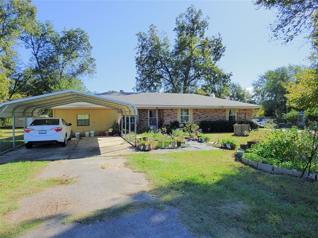 202 Hubbard  Omaha, Texas 75571 - Acquisto Real Estate best frisco realtor Amy Gasperini 1031 exchange expert