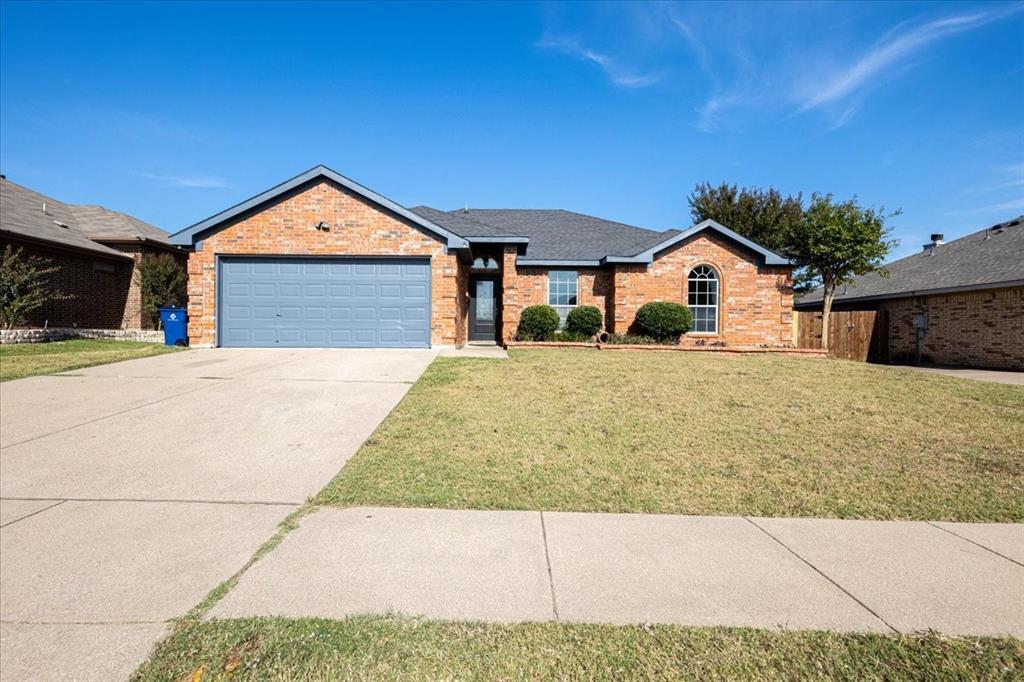 552 Jeffdale  Drive, Burleson, Texas 76028 - Acquisto Real Estate best frisco realtor Amy Gasperini 1031 exchange expert