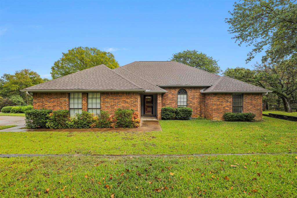 113 Cottonwood  Court, Hudson Oaks, Texas 76087 - Acquisto Real Estate best frisco realtor Amy Gasperini 1031 exchange expert