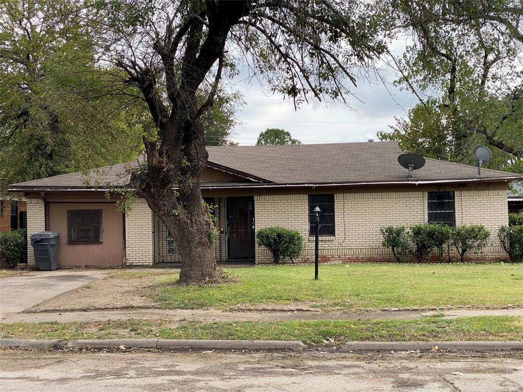 6844 Antler  Avenue, Dallas, Texas 75217 - Acquisto Real Estate best frisco realtor Amy Gasperini 1031 exchange expert