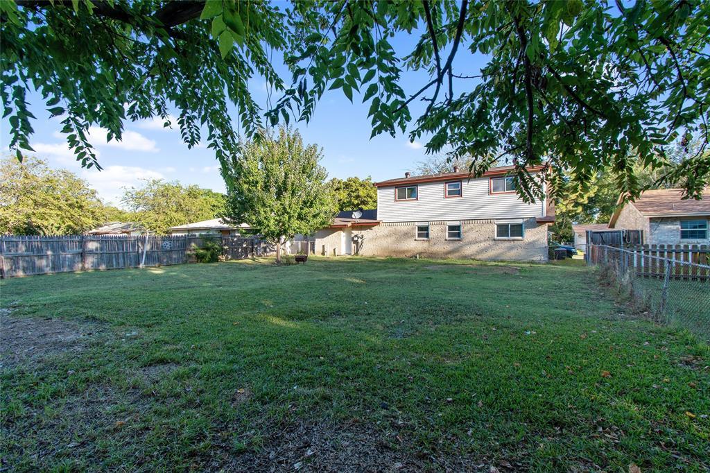 1302 Shelmar  Drive, Arlington, Texas 76014 - Acquisto Real Estate best frisco realtor Amy Gasperini 1031 exchange expert