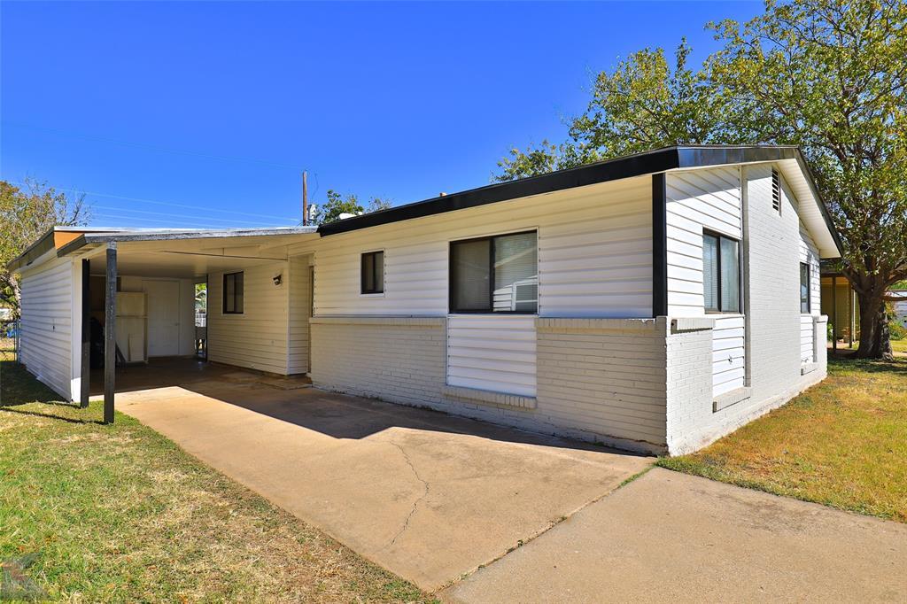 2702 Bennett  Drive, Abilene, Texas 79605 - Acquisto Real Estate best frisco realtor Amy Gasperini 1031 exchange expert