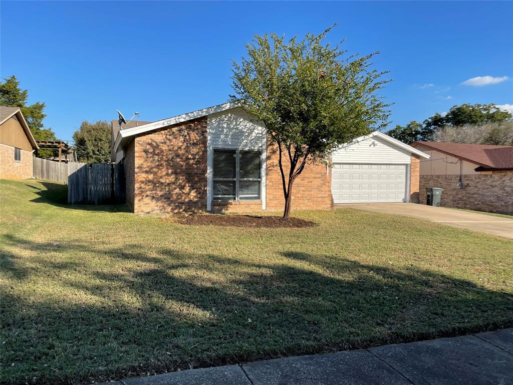 3914 Cordwood  Court, Grand Prairie, Texas 75052 - Acquisto Real Estate best frisco realtor Amy Gasperini 1031 exchange expert