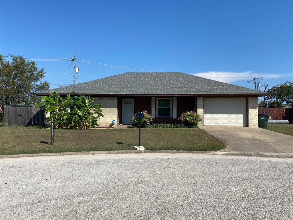 207 Southland  Drive, Sanger, Texas 76266 - Acquisto Real Estate best frisco realtor Amy Gasperini 1031 exchange expert