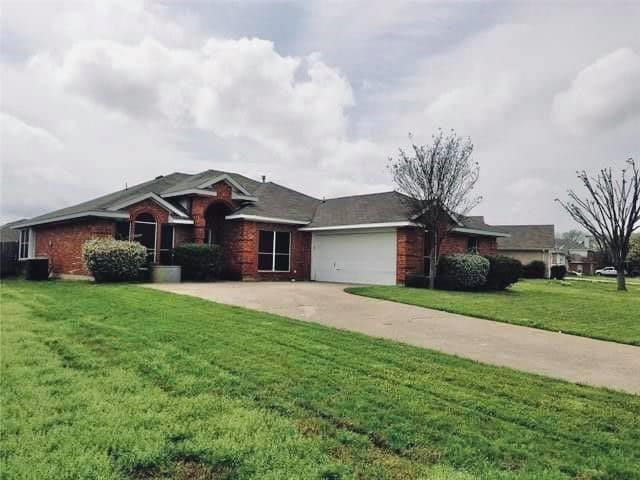 2021 Cantura  Drive, Mesquite, Texas 75181 - Acquisto Real Estate best frisco realtor Amy Gasperini 1031 exchange expert