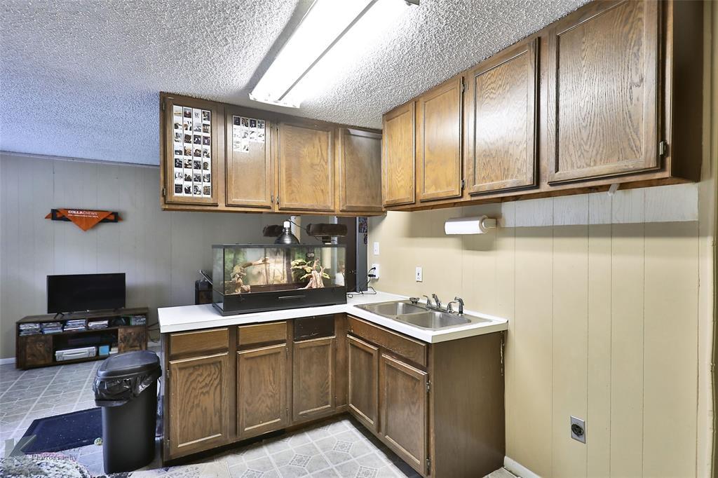 542 Mulberry  Street, Abilene, Texas 79601 - Acquisto Real Estate best frisco realtor Amy Gasperini 1031 exchange expert