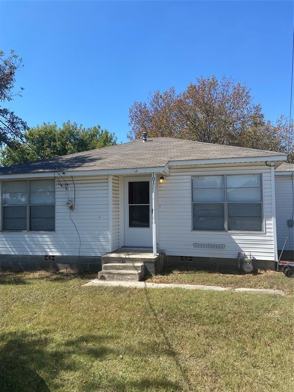 101 Frederick  Street, Ponder, Texas 76259 - Acquisto Real Estate best frisco realtor Amy Gasperini 1031 exchange expert