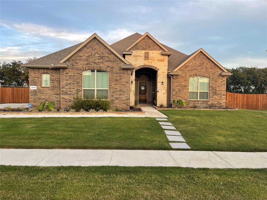5610 Briana  Drive, Midlothian, Texas 76065 - Acquisto Real Estate best frisco realtor Amy Gasperini 1031 exchange expert