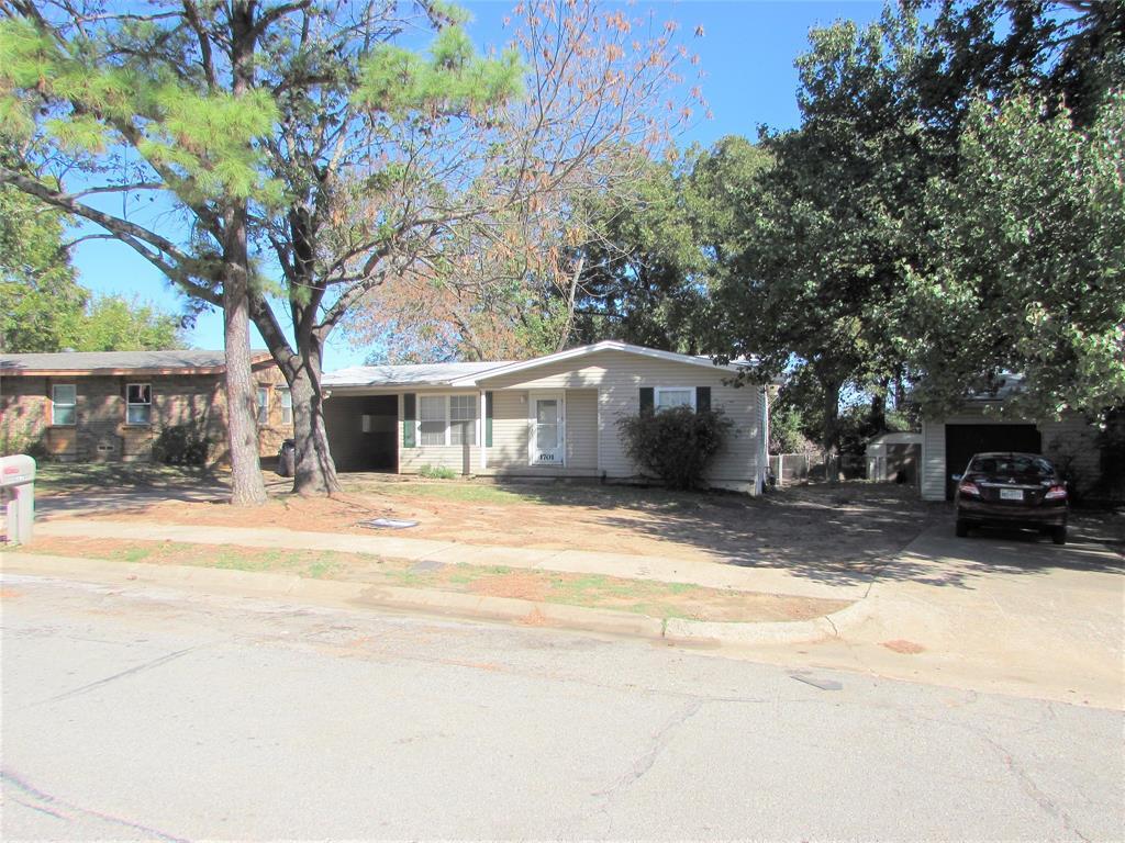 1701 Ridgewood  Road, Denison, Texas 75020 - Acquisto Real Estate best frisco realtor Amy Gasperini 1031 exchange expert