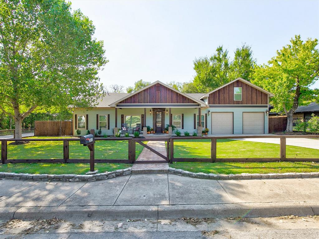 301 Russell  Street, Weatherford, Texas 76086 - Acquisto Real Estate best frisco realtor Amy Gasperini 1031 exchange expert