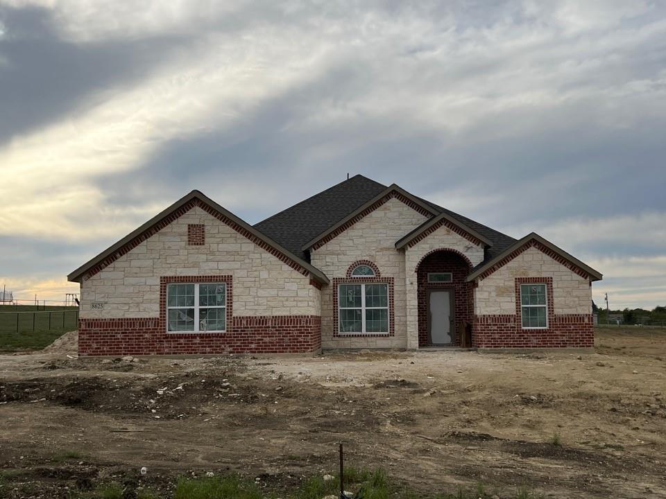 8625 Tucker  Drive, Godley, Texas 76044 - Acquisto Real Estate best frisco realtor Amy Gasperini 1031 exchange expert