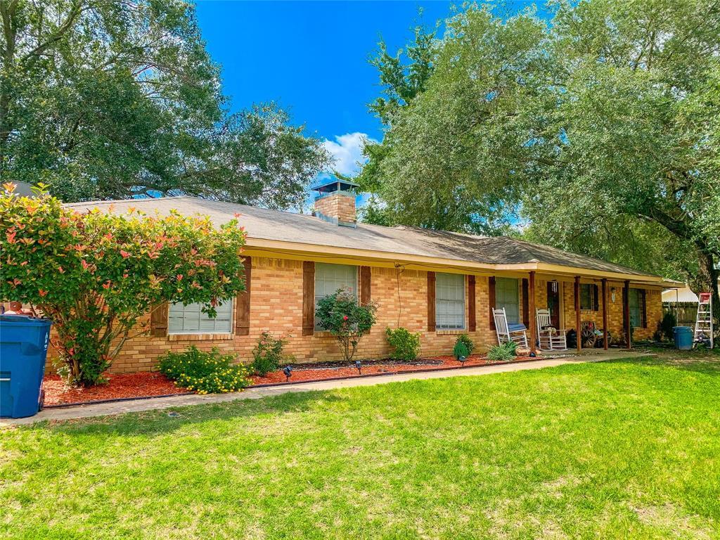 612 Hillcrest St  Malakoff, Texas 75148 - Acquisto Real Estate best frisco realtor Amy Gasperini 1031 exchange expert