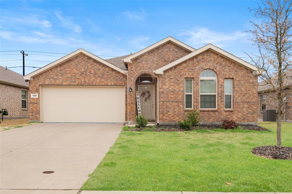 1285 Alamandine  Avenue, Cross Roads, Texas 76227 - Acquisto Real Estate best frisco realtor Amy Gasperini 1031 exchange expert