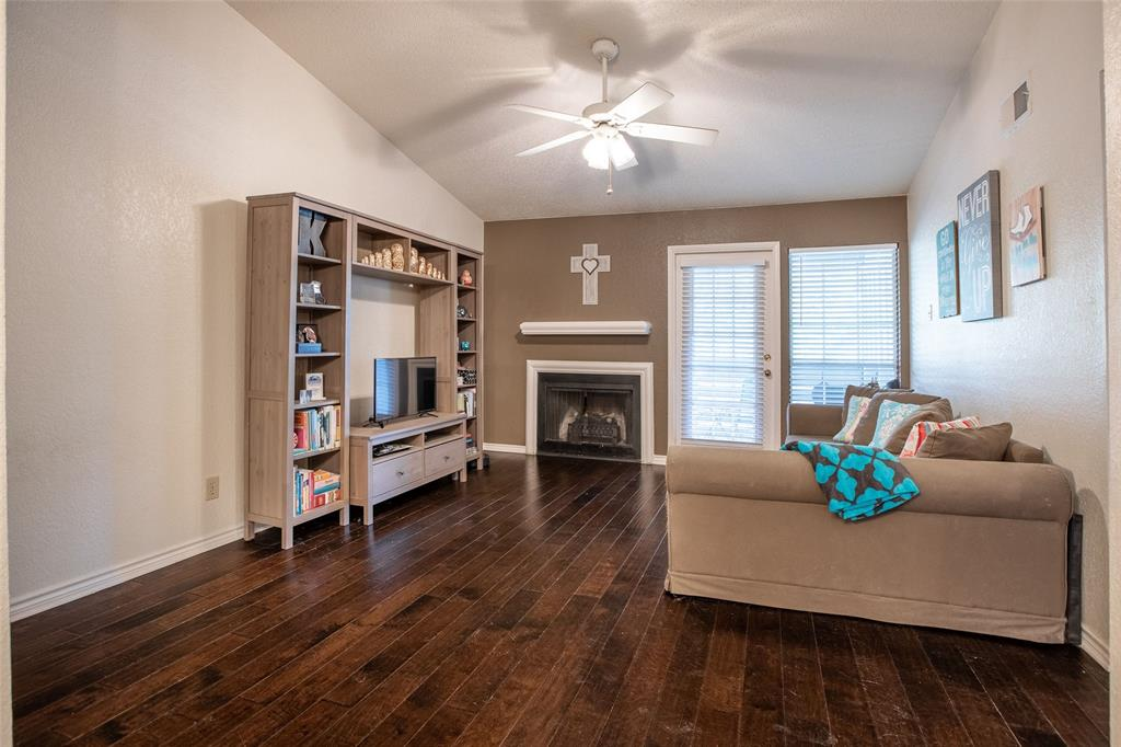 3607 Northgate  Drive, Irving, Texas 75062 - Acquisto Real Estate best frisco realtor Amy Gasperini 1031 exchange expert