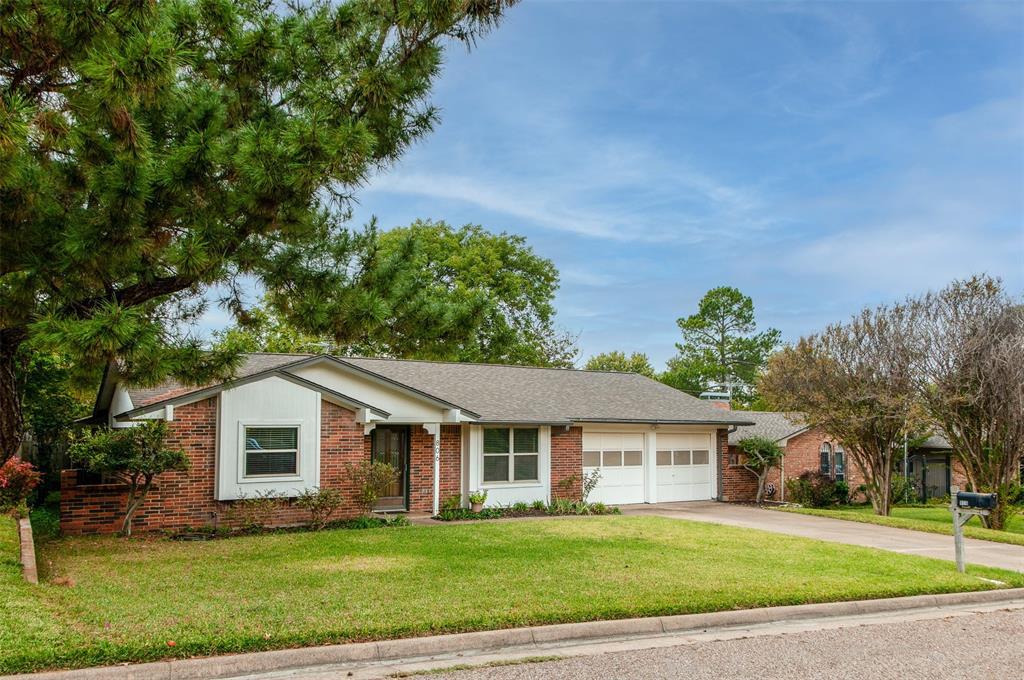 806 Cherry Laurel  Lane, Arlington, Texas 76012 - Acquisto Real Estate best frisco realtor Amy Gasperini 1031 exchange expert